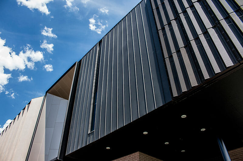 PLC_StandingSeam_BlackGraphite_Unique_22_web